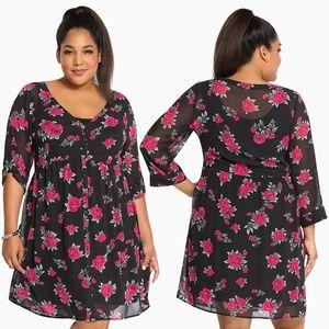 Torrid Bloomin Roses Black Chiffon Shirt Dress 0